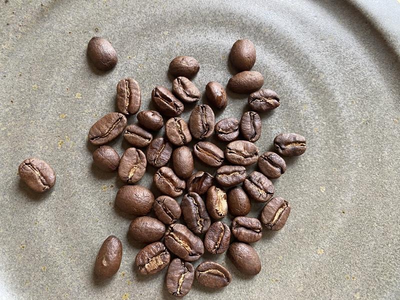 浅煎りコーヒーは酸味に特徴がある産地の豆を使うと、その特徴がよく引き出せるのでおすすめです。