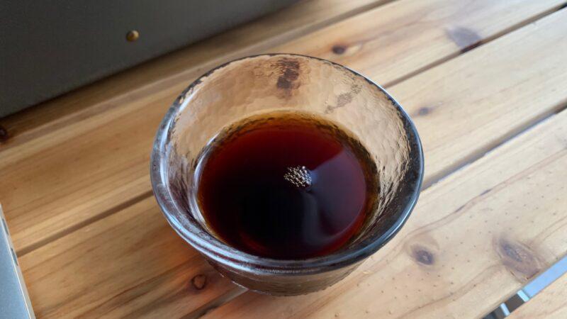 コップに入ったインスタントコーヒー