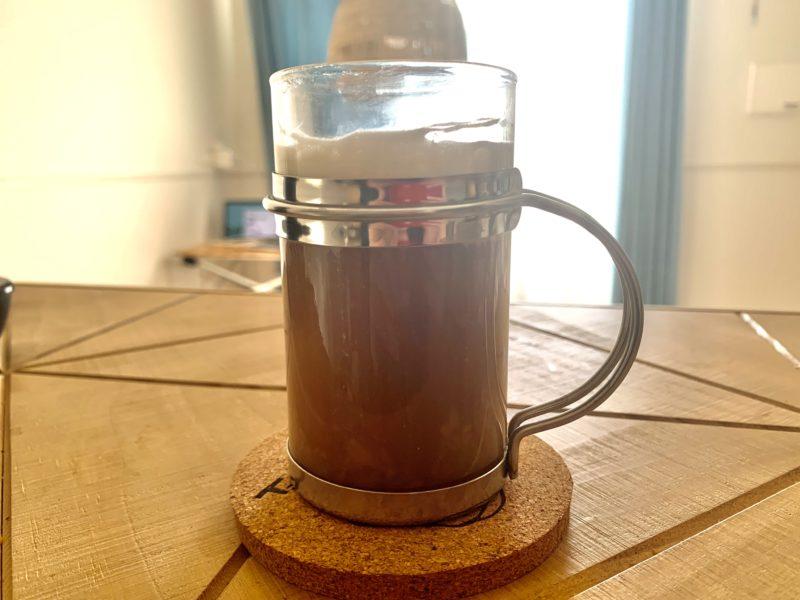 真横から見たウィンナーコーヒー